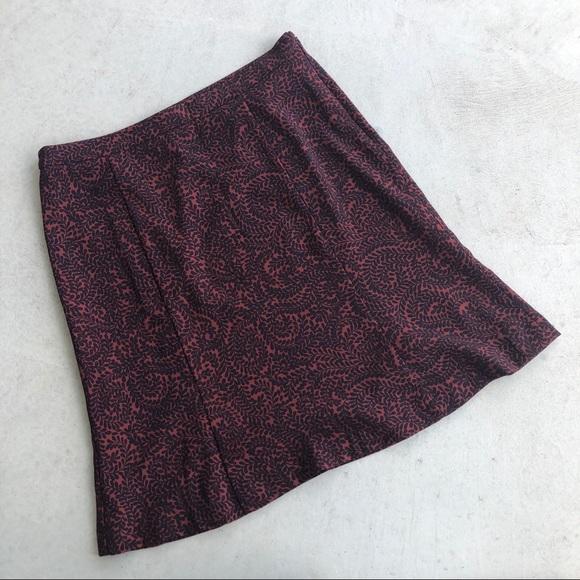 LOFT Dresses & Skirts - •new• LOFT Red & Navy Patterned Flippy Midi Skirt